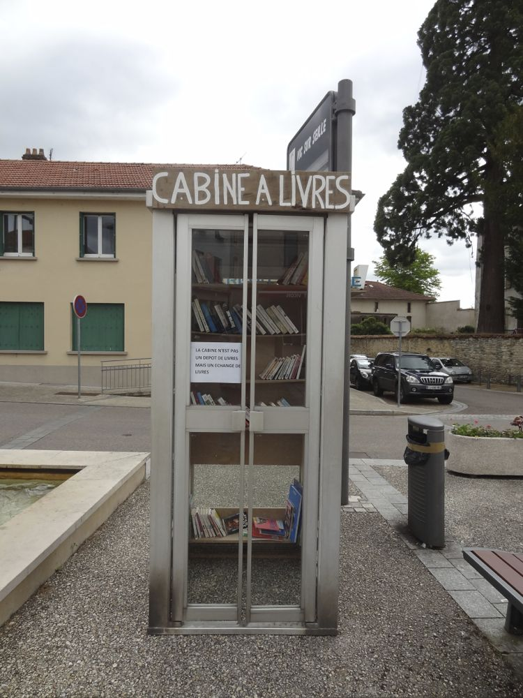 Grain de sel poussez les portes de la cabine livres vic for Le cabine progetta le planimetrie